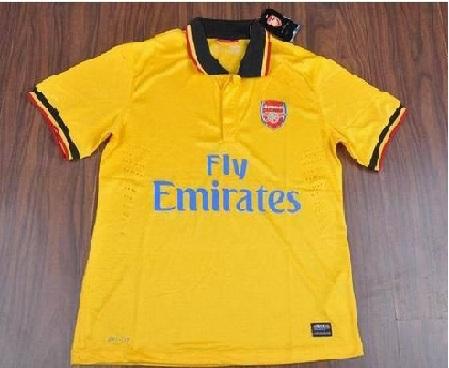 Arsenal13-14AwayShirt