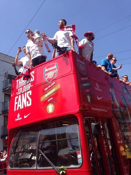 ArsenalBus
