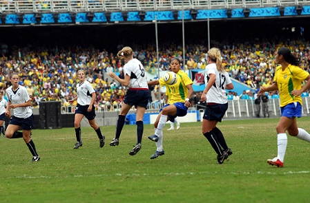 Women's_football_final_at_2007_Pan_Ams