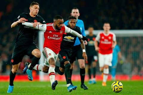 Lacazette-in-action-against-Manchester-United