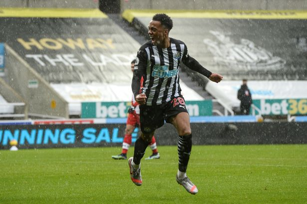 Newcastle United working on an alternative to Joe Willock